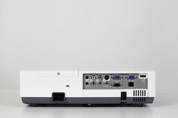 Eiki LC-XNS3100 Lcd projector