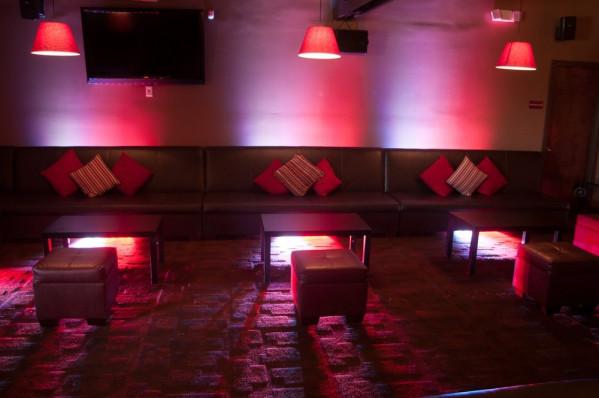 American DJ Ultra Bar 9 High Power Tri LED Wash Light